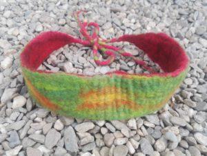 Reversible felted hairband